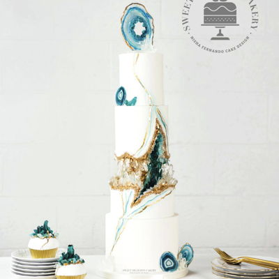 Agate Geode Wedding Cake