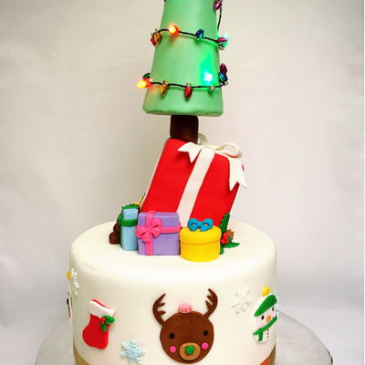 Christmas + Birthday Topsy Turvy Cake