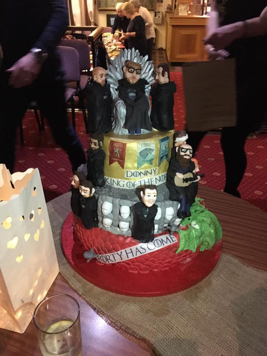 Game Of Thrones Meets Glasgow Warriors Rugby Team Cake Cakecentral Com