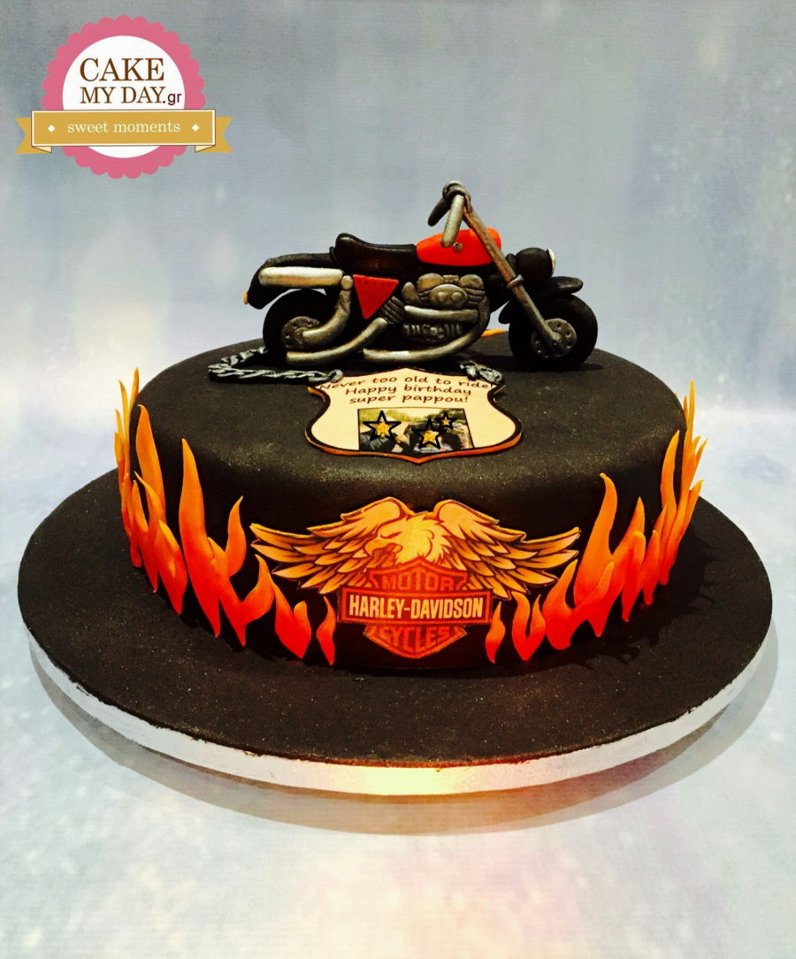 Mens Birthday Cake CakeCentralcom