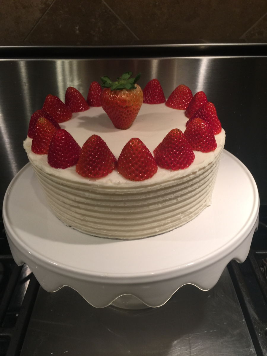 Strawberries 'n Cream Cake on Cake Central