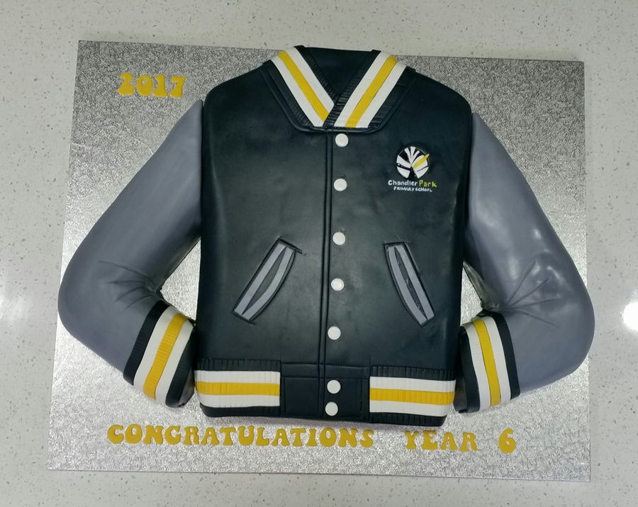 Year 6 Graduation Cake - School Jumper on Cake Central