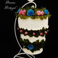 Mini Hanging Wedding Cake This was designed for a Master Class that I gave in Switzerland in 2016It was a wonderful experience with amazing people.TFL Ana Rem&...