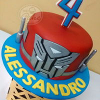 Transformers Cute mini cake for a 4 years old boy