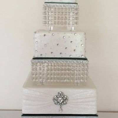 Sparkles And Glitter Wedding Cake