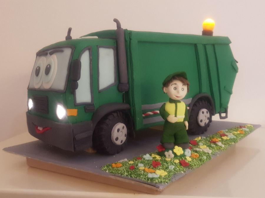 Pleasant Garbage Truck Cake Cakecentral Com Personalised Birthday Cards Veneteletsinfo