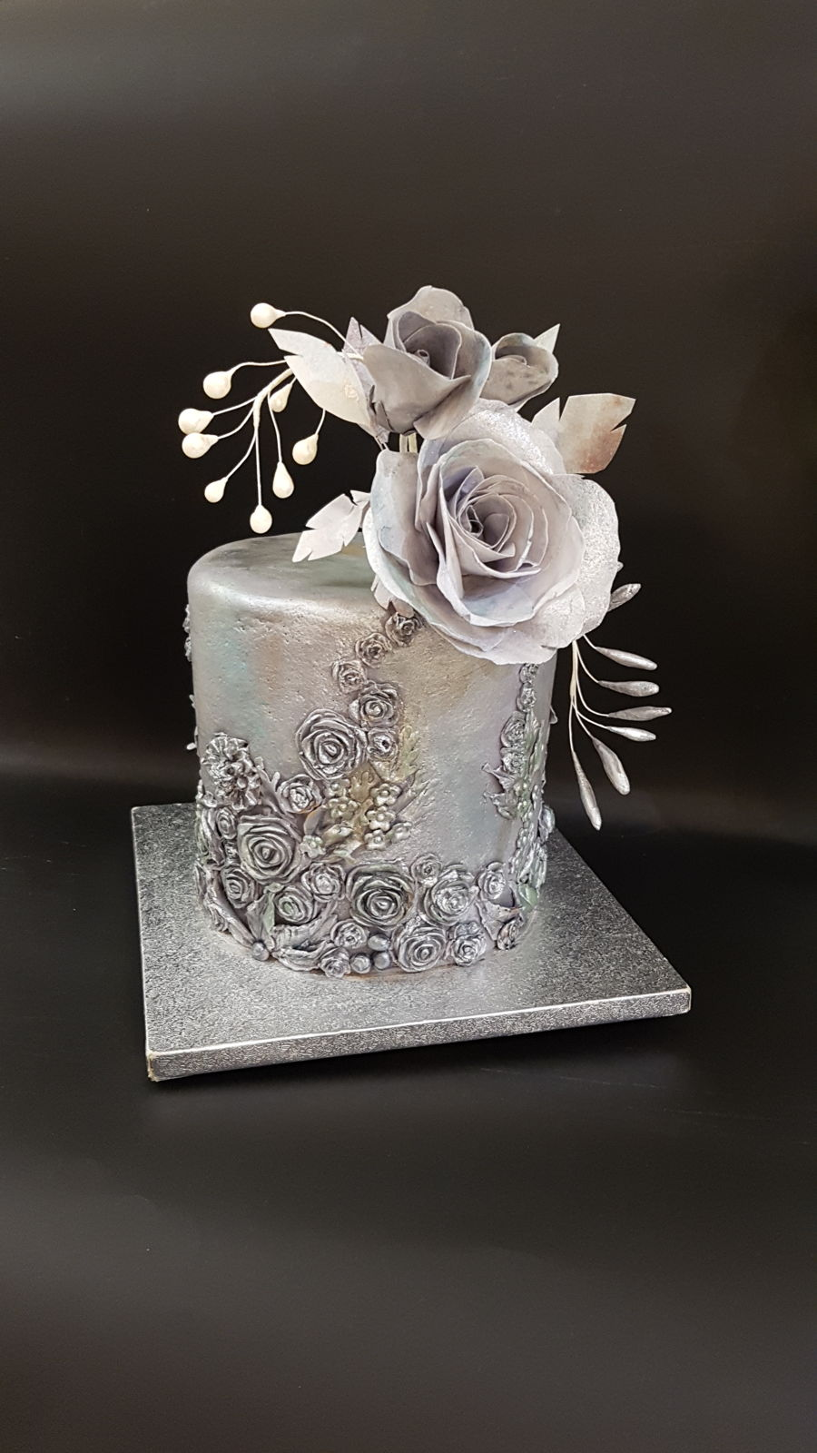 Metalica Cake With Wafer Rose on Cake Central