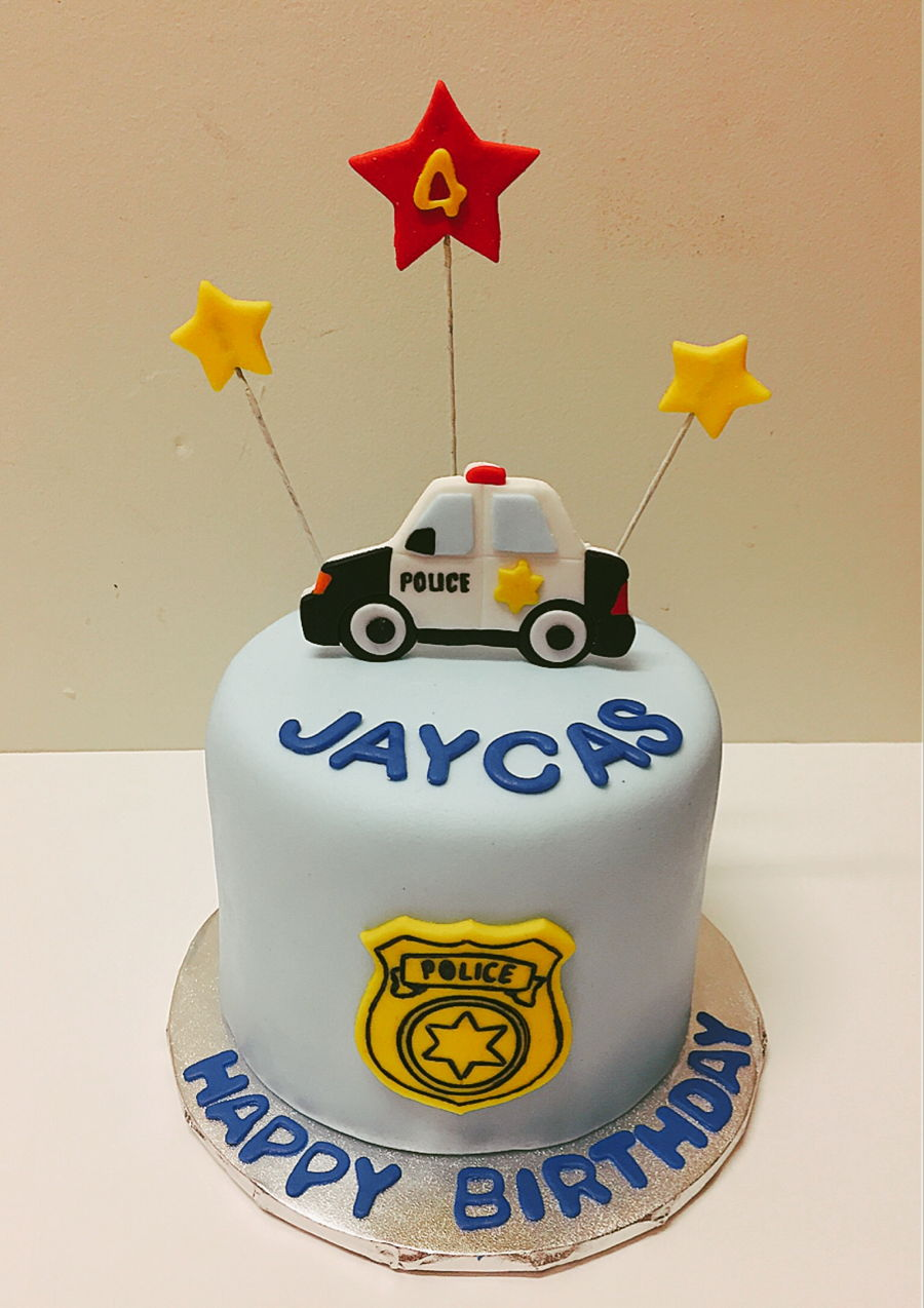 Amazing Police Birthday Cake Cakecentral Com Funny Birthday Cards Online Hendilapandamsfinfo