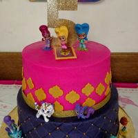 Shimmer N Shine 5Th Birthday Diamond patterned bottom tier. Toy characters added.by customer