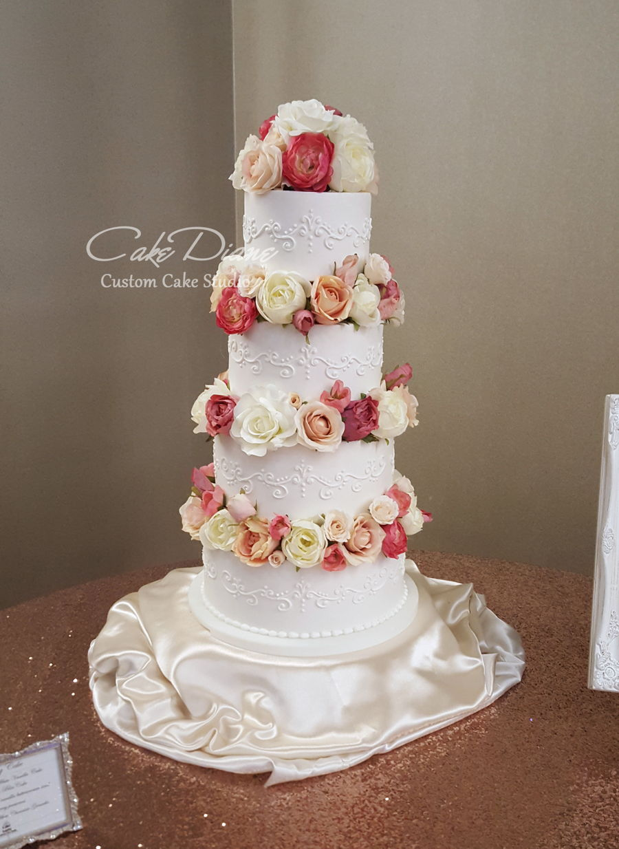 Separated Florals And Scrolls on Cake Central