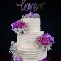 Purple Spring Florals Textured buttercream with fresh spring flowers