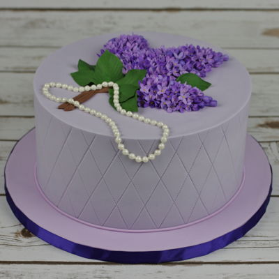Cake With Lilac Flowers