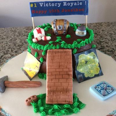 Layer Cake Decorating Photos
