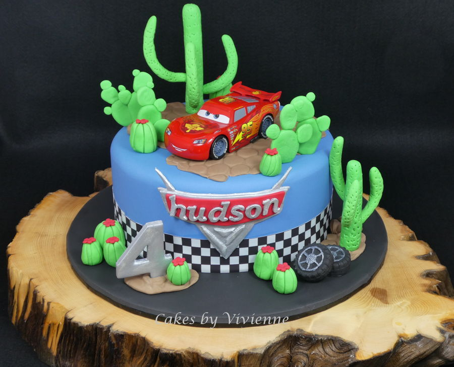 Astounding Lightning Mcqueen Birthday Cake Cakecentral Com Personalised Birthday Cards Veneteletsinfo