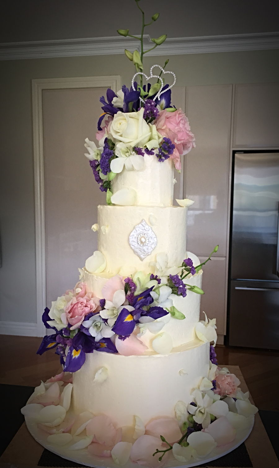 Wedding Cake With Fresh Flowers Cakecentral
