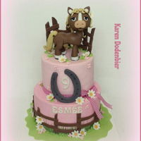 Horse Cake Pink and horses are this little girls favourite things so that is why I made this cake.