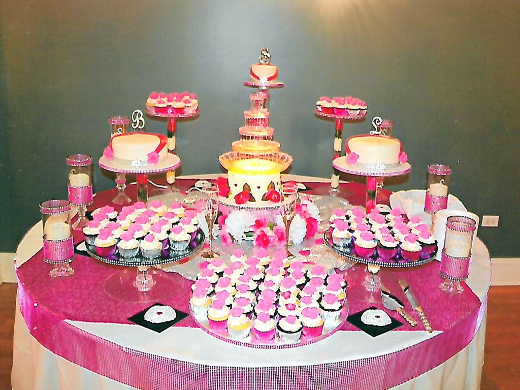 My Daughter Lauren\'s Wedding Cake - CakeCentral.com