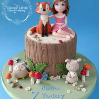Woodland Cake Vanilla sponge, with hand modelled items.