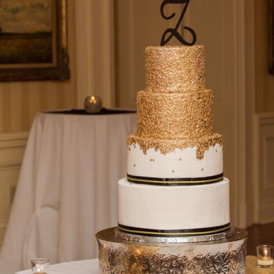 Elegant Gold Sequin Wedding Cake