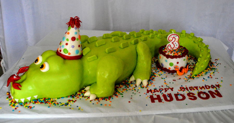 Astonishing Birthday Celebration Gator Cakecentral Com Funny Birthday Cards Online Alyptdamsfinfo