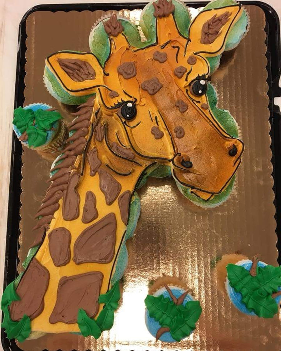 Giraffe Cupcake Cake on Cake Central
