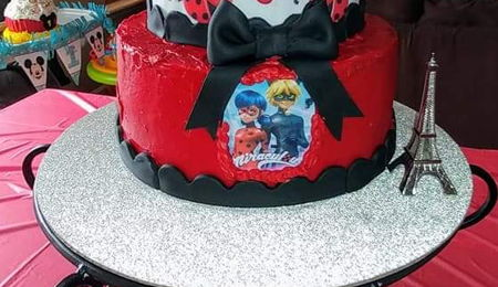 ladybug cake decorating photos