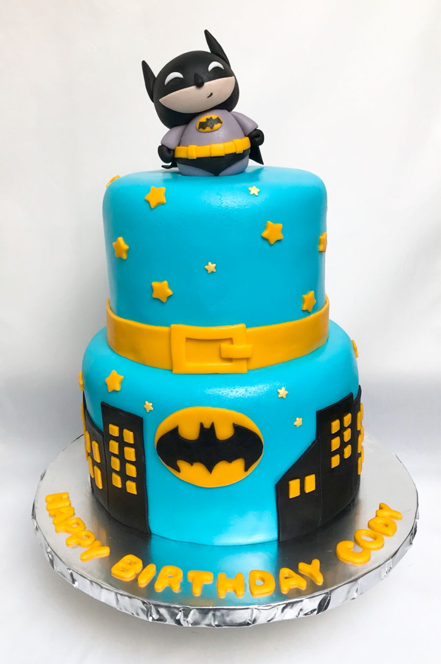 Batman Themed Birthday Party Cake And Cookies Cakecentral