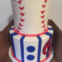 Baseball Themed Cake All buttercream with fondant decoration pieces.