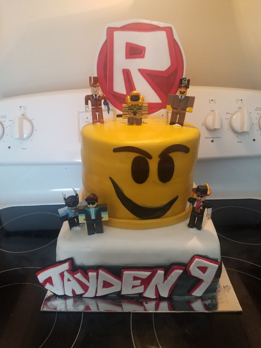 Roblox Birthday Cake   CakeCentral.com