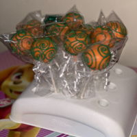 October Cakepops October themed cake pops