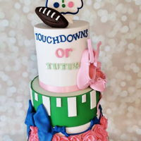 Touchdowns Or Tutus?! Touchdowns or Tutus gender reveal cake