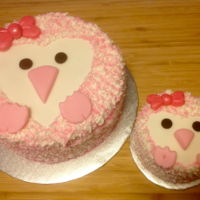 Vivienne's First Birthday Pink penguin Smash cake and Mama cake.