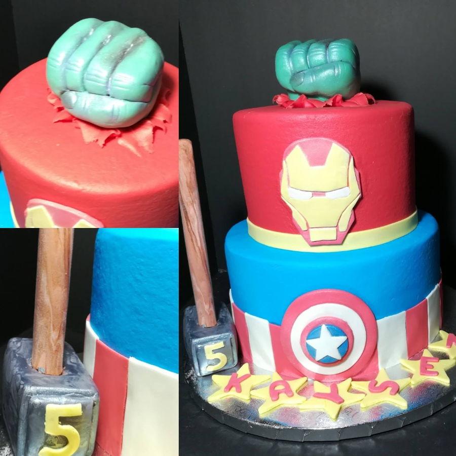 Phenomenal Avengers Birthday Cake Cakecentral Com Funny Birthday Cards Online Drosicarndamsfinfo