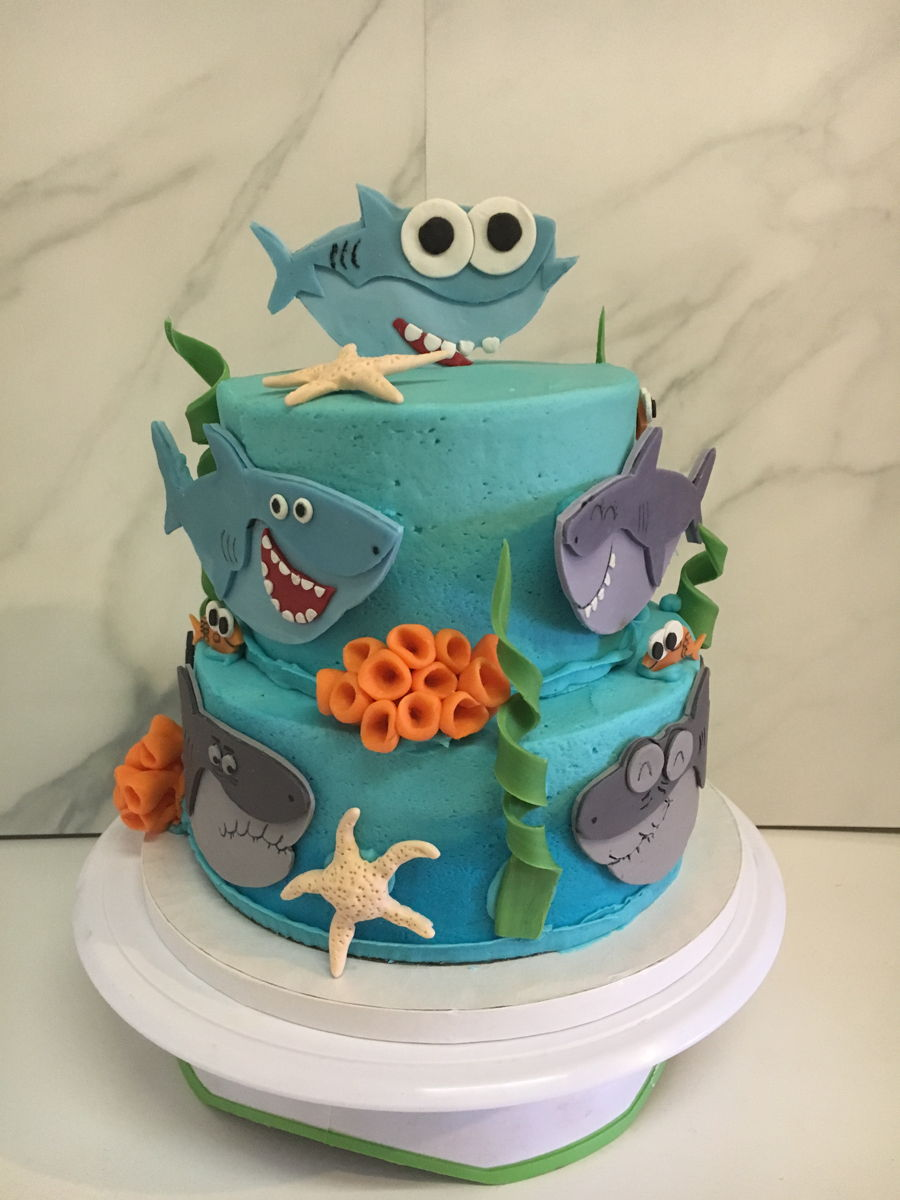 Baby Shark on Cake Central