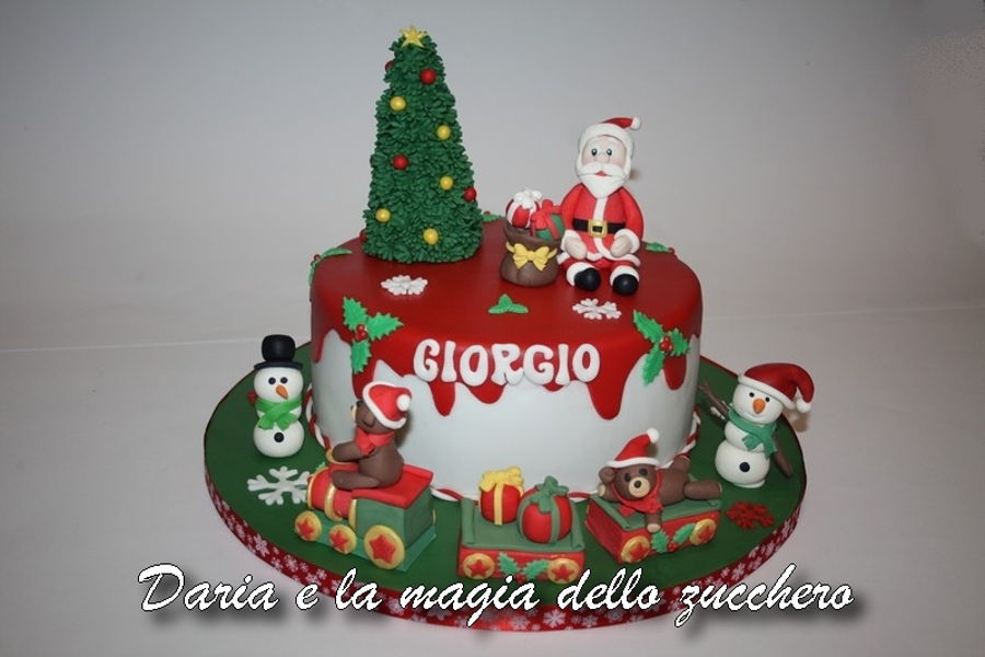 Magnificent Christmas Birthday Cake Cakecentral Com Personalised Birthday Cards Veneteletsinfo