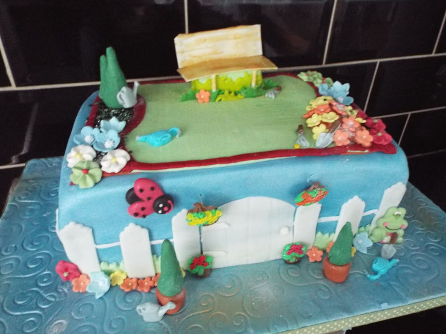 Gardening on Cake Central