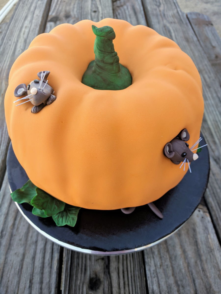 Wacky Weekend: Pumpkin Carvings  |Pumpkin Mouse With Cheese