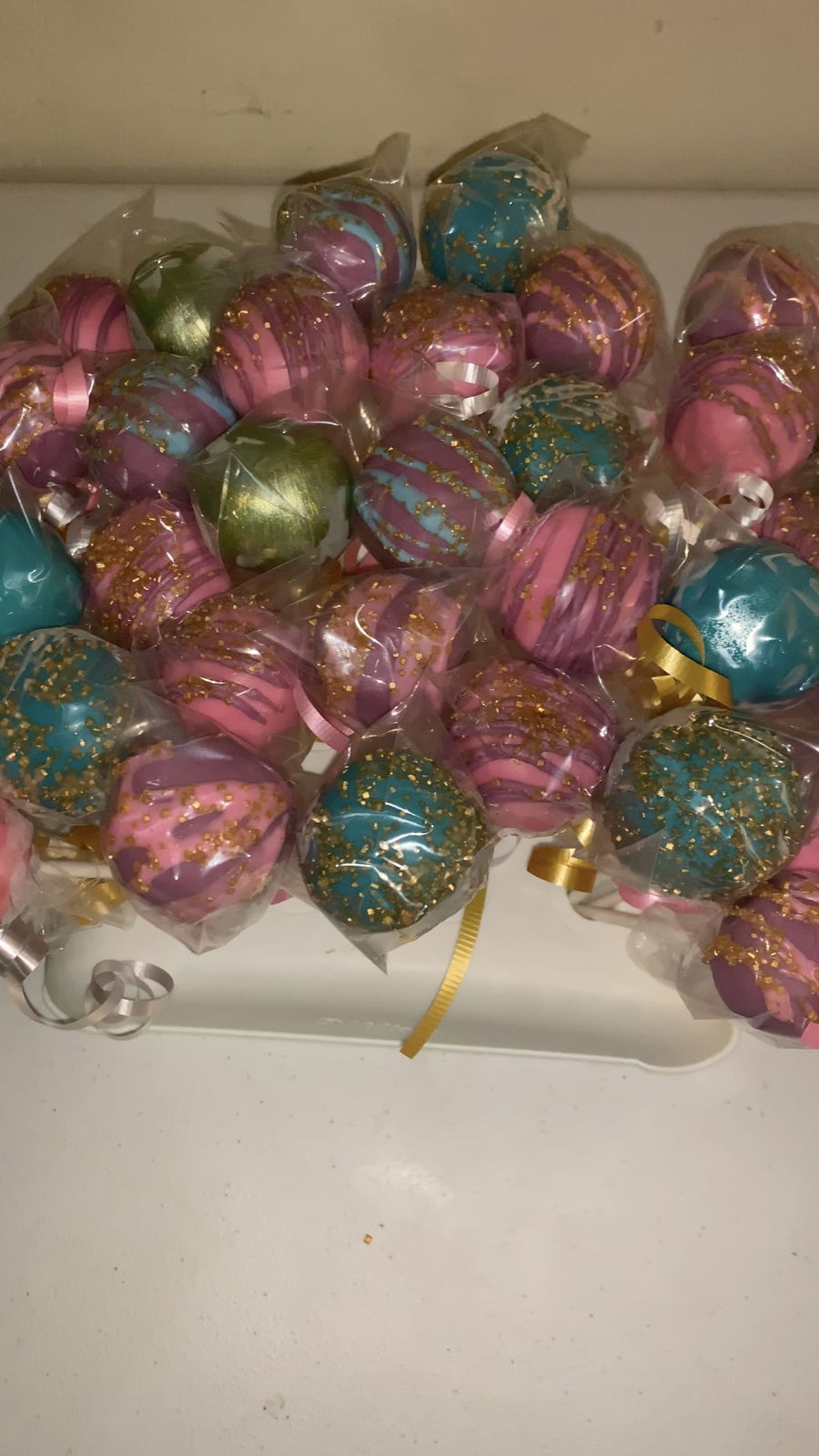 Shimmer And Shine Cakepops on Cake Central