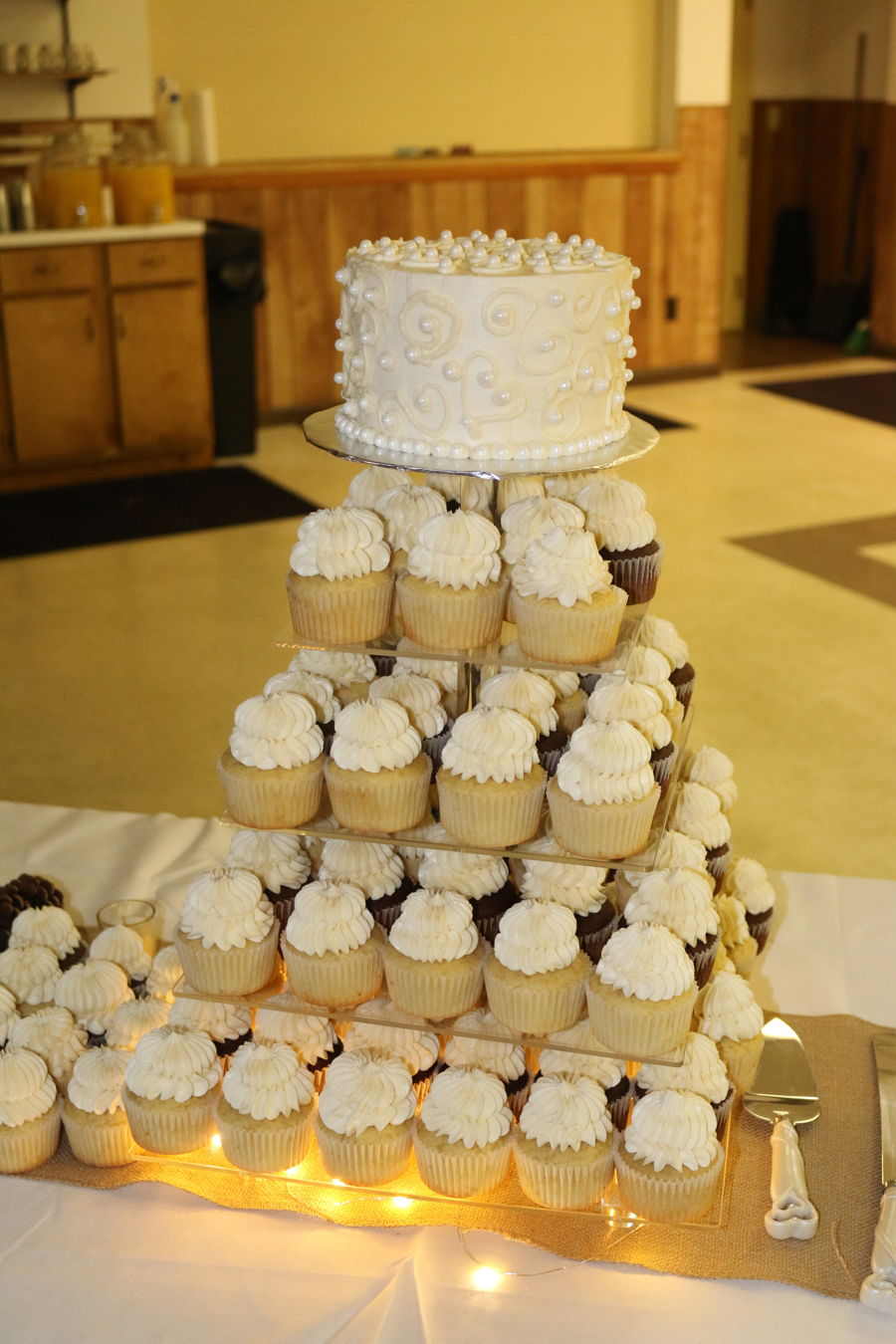 Wedding Cake/cupcakes on Cake Central