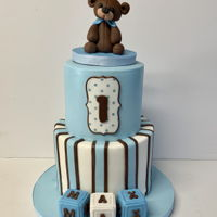 "Teddy Bear 1St Birthday 8,6"" hand sculpted teddy bear and blocks from gumpaste"
