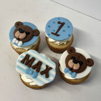 Teddy Bear Cupcakes Toppers all hand sculpted from fondant