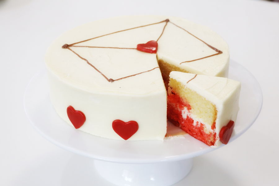 Easy Valentine's Day Cake! on Cake Central