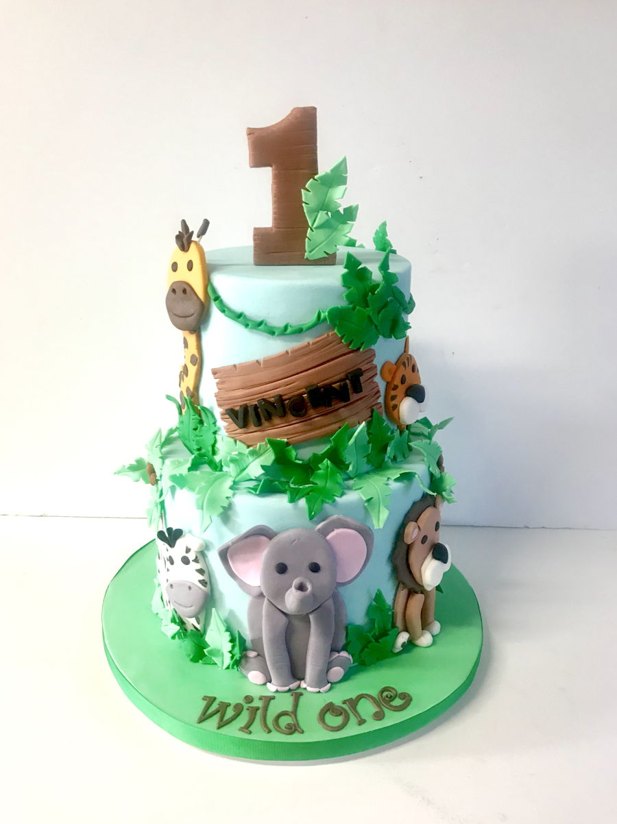 Excellent Jungle Safari 1St Birthday Cakecentral Com Personalised Birthday Cards Bromeletsinfo