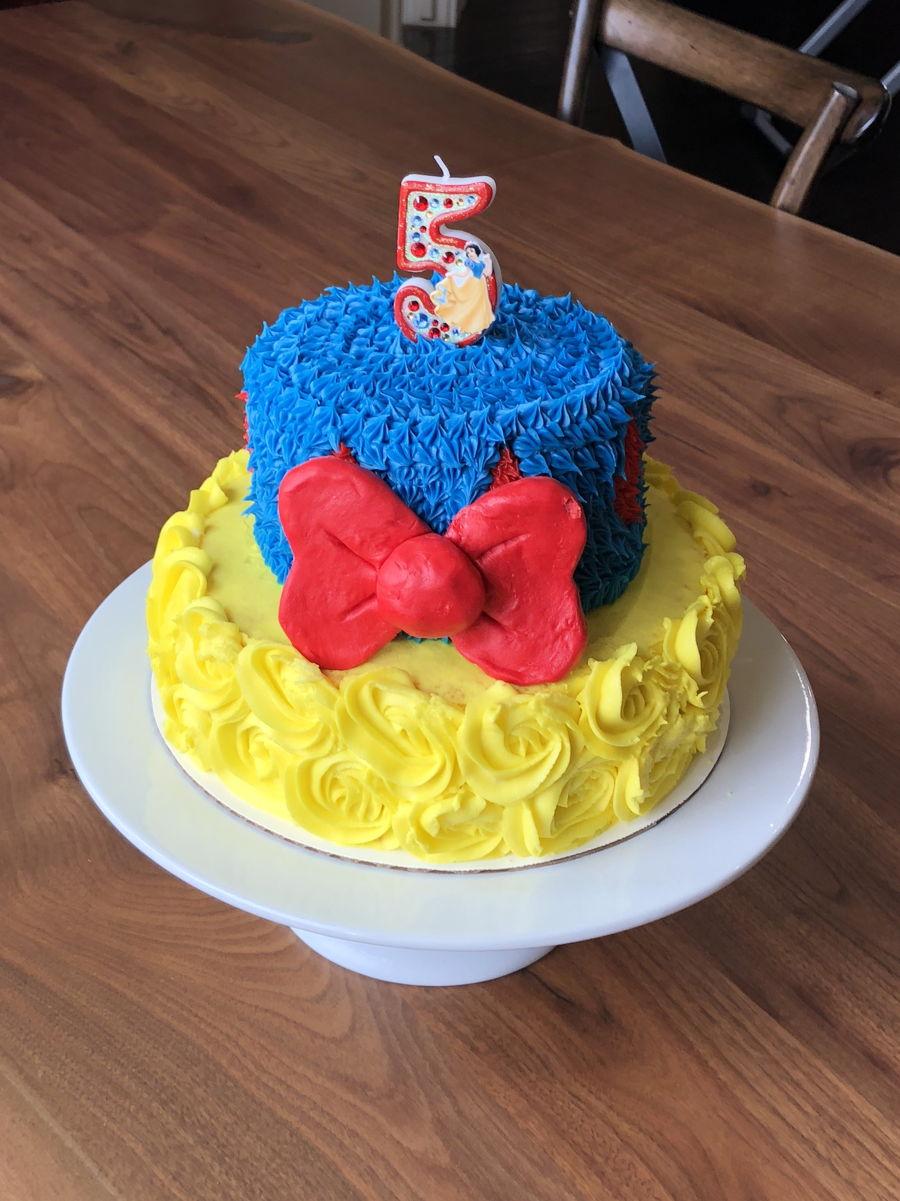 Tremendous Snow White Birthday Cake Cakecentral Com Funny Birthday Cards Online Alyptdamsfinfo