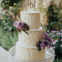 Rustic Buttercream A palette knife texture with gold leaf trim and fresh flowers looking terribly pretty and romantic