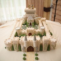 Wedding Castle I made this for my brother's wedding. It was the first time I could work unrestricted by budget with full creative control. His...