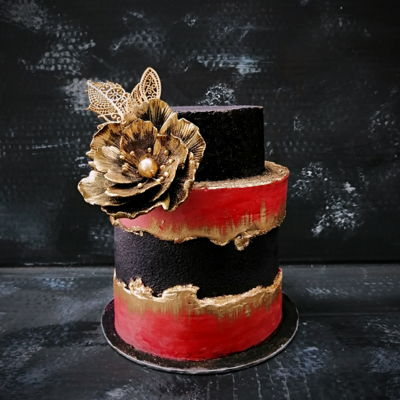 Black - Red - Gold Cake