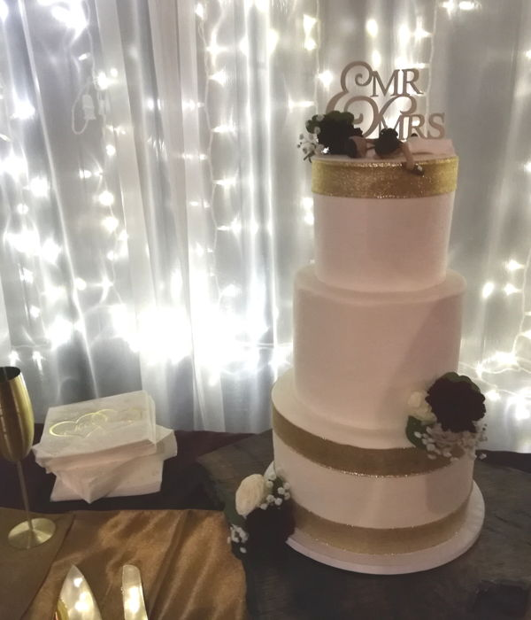Wedding Cakes & Donuts