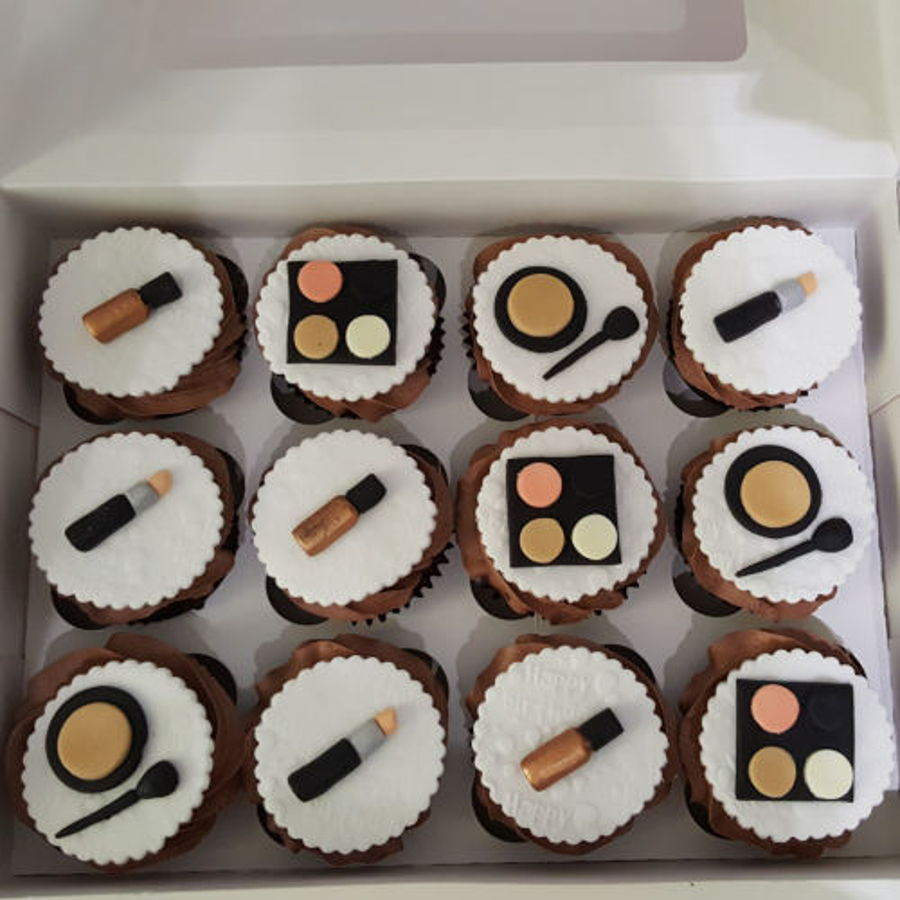 Make Up Cupcakes For A Huddersfield Customer on Cake Central