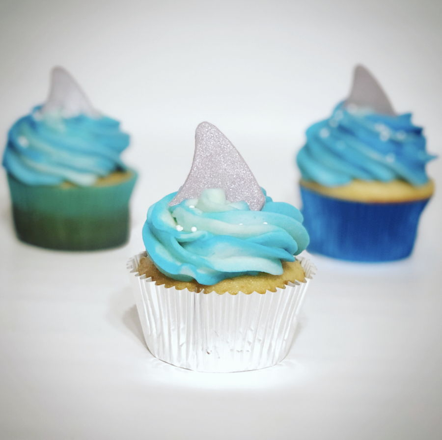 Shark Cupcakes on Cake Central